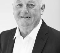 Dennis Ralph